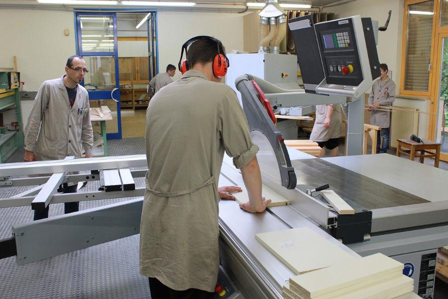 Holzbearbeitung - Tischlerei - Sozialserver - Land Steiermark